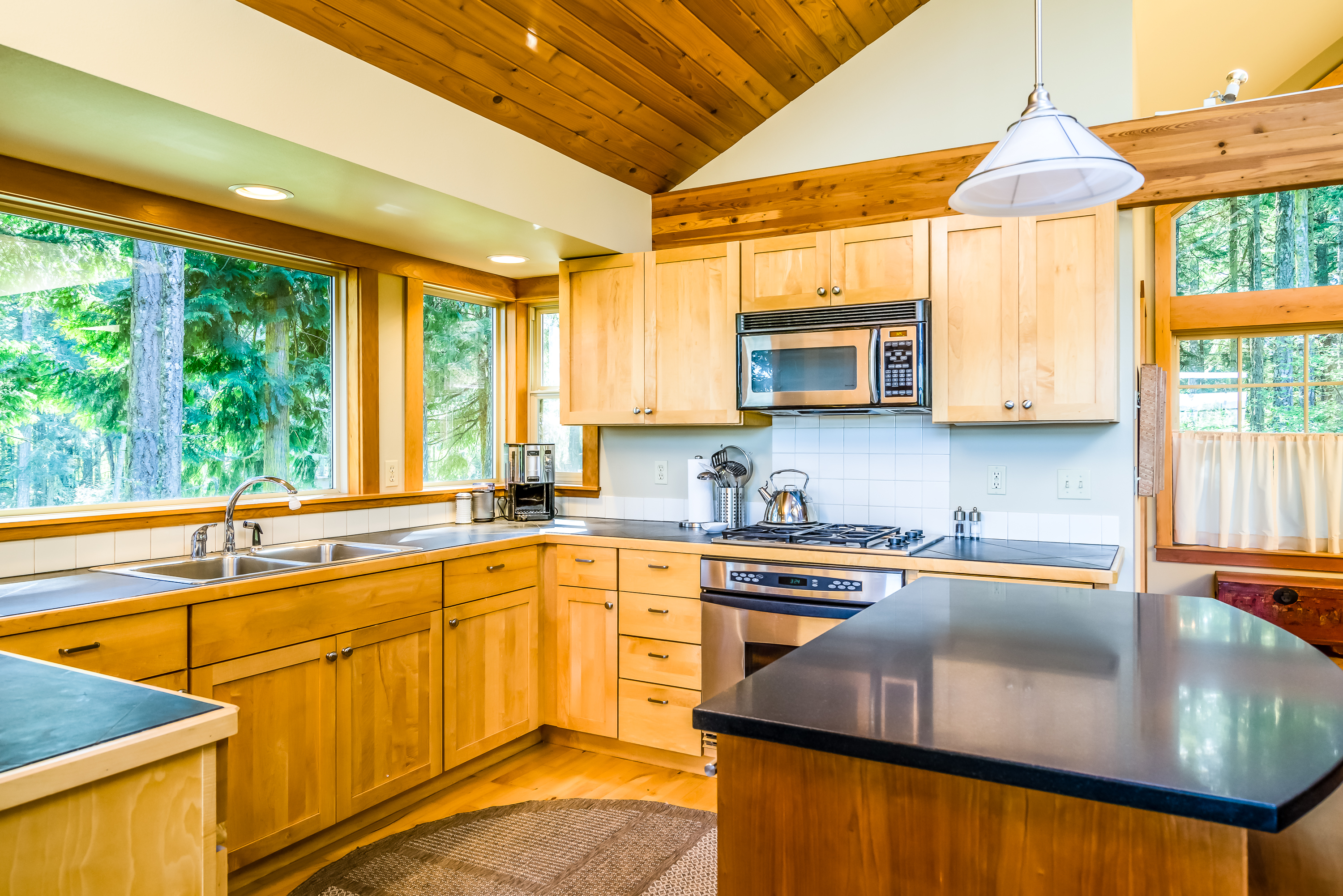 139 Suntides Ln - Lopez Island, Washington
