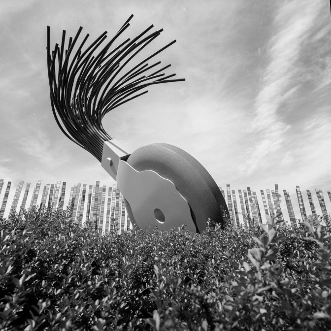 Typewriter Eraser Scale X - Claes Oldenburg & Coosje van Bruggen - Seattle, Washington